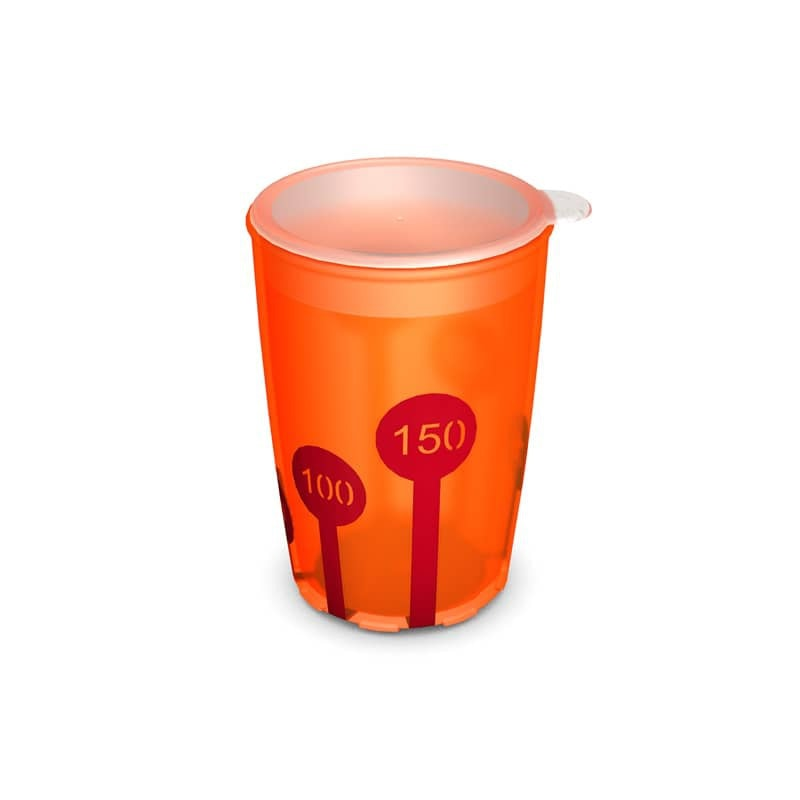 Non-Slip Cup with Scale 220 ml/7.7 oz and Drinking Lid